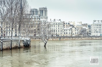 Paris - Copyright Christophe JuLLien
